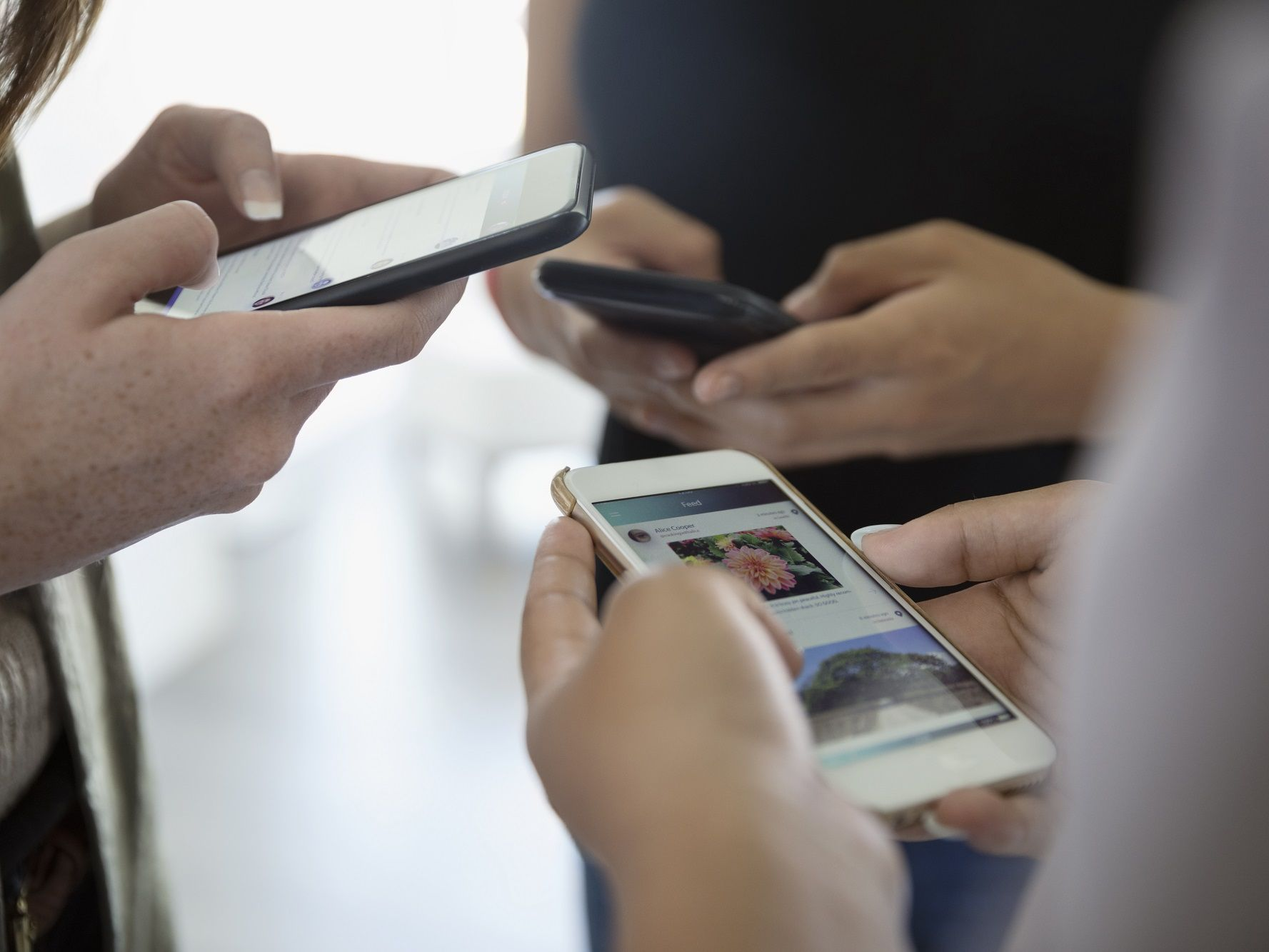 Group Text Messages for Clarity When Working on Projects